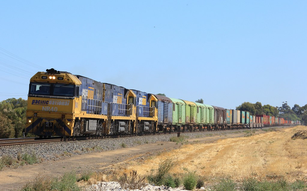 NR40 NR88 and NR37 power out of Horsham on PM5 under clear skys by bukk05