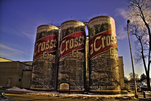beer wisconsin canon alcohol brewery cans lacrosse wi hdr sixpack attraction largest 6pack lacrossewisconsin photomatix photomatixpro t2i