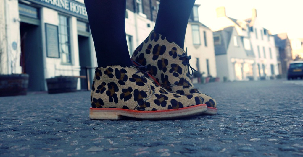 Glassboutiqueleopardshoes