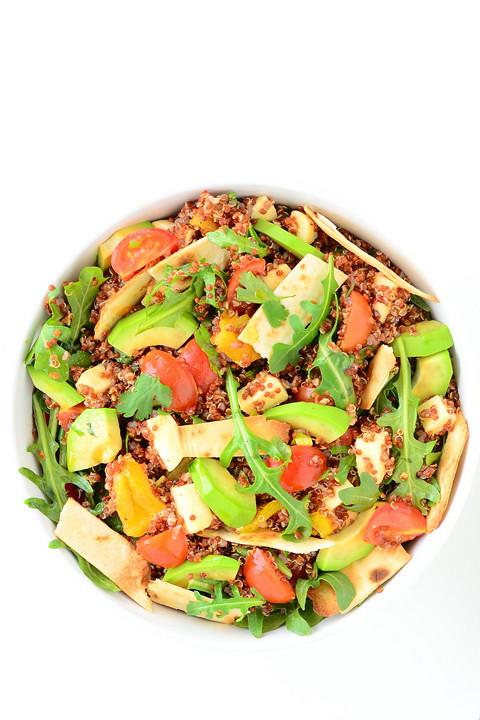 kinoa salat 720