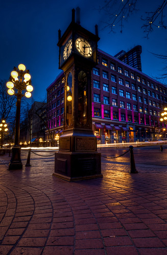blue light canada clock vancouver photography bc hour lighttrails bluehour gastown steamclock hdr highdynamicrange britishcolombia