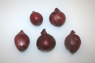 07 - Zutat rote Zwiebeln / Ingredient red onions