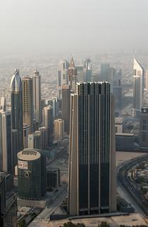 The Index Building et autres buildings le long de la Sheikh Zayed Road