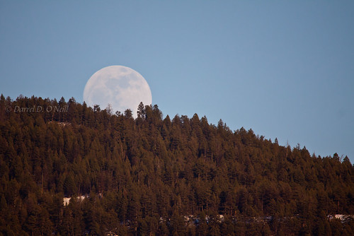 blue trees sunset red sky orange moon white mountain snow canada mountains tree green nature forest rising evening spring glow bc okanagan hill full hills valley glowing moons forests springtime lakecountry 330b 329b