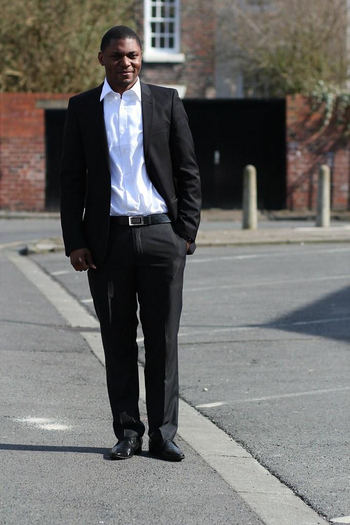 white shirt, crisp white shirt, men's black blazer, men's fashion trend, men's fashion style