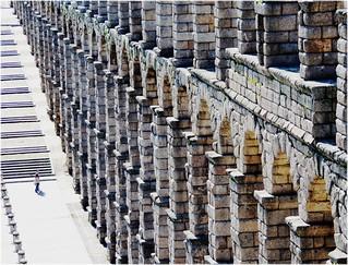Bild av Acueducto de Segovia nära Segovia. city cidade españa stone spain arquitectura europa europe ciudad romano segovia acueducto espagne pedra arquitecture piedra castillayleon castillaleon