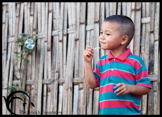 匡信佐山奈民營的小孩。圖片來源:TBF