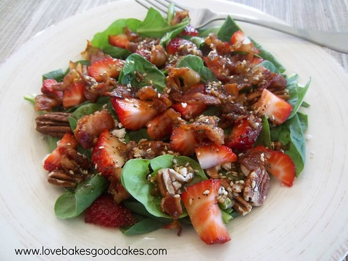 Love Bakes Good Cakes - Strawberry Spinach Salad with Balsamic Poppy Seed Dressing