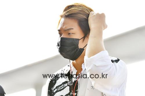 Big Bang - Incheon Airport - 07aug2015 - tenasia - 03