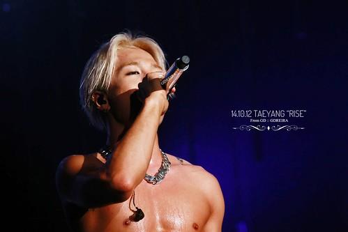 p _67.Taeyayng_RISE-con-SEOUL-20141012-byGDREIRA_64