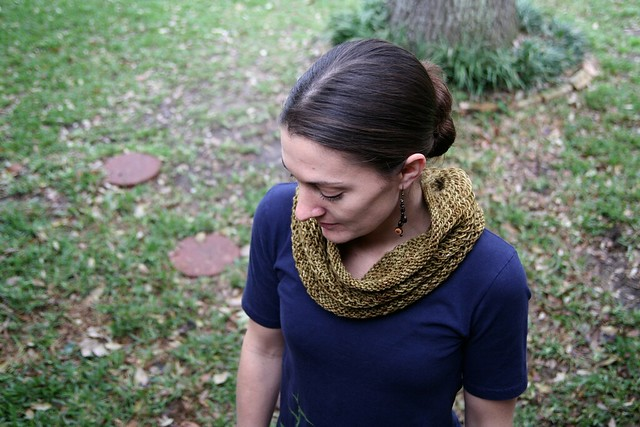 honey cowl + some link love