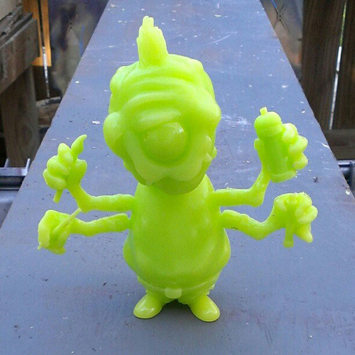 MONSTER-KOLOR-MASCOT-PULL-01