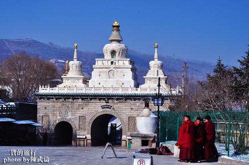 冬日塔尔寺