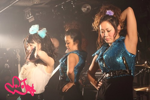 ★20130216VARON-MJ+dancers5