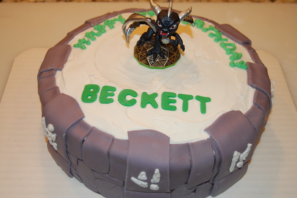 Terrific Skylanders Portal Birthday Cake Custom Cakery Flickr Personalised Birthday Cards Veneteletsinfo