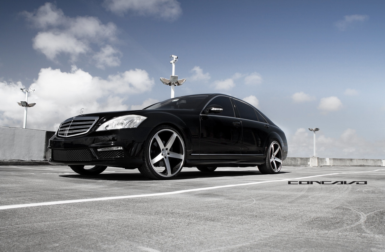 Mercedes benz s550 on 22 cw 5 sitting so flush for Mercedes benz rt 22