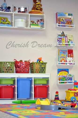 Cherish dream live basement playroom update and plan - Etagere avec bac rangement pour jouet ...