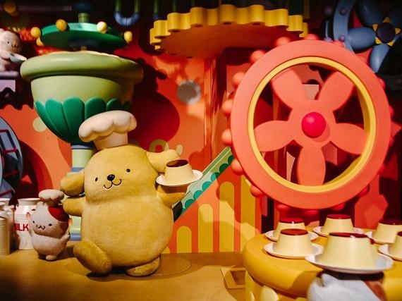 Sanrio Theme Park - Puroland - boat ride 3
