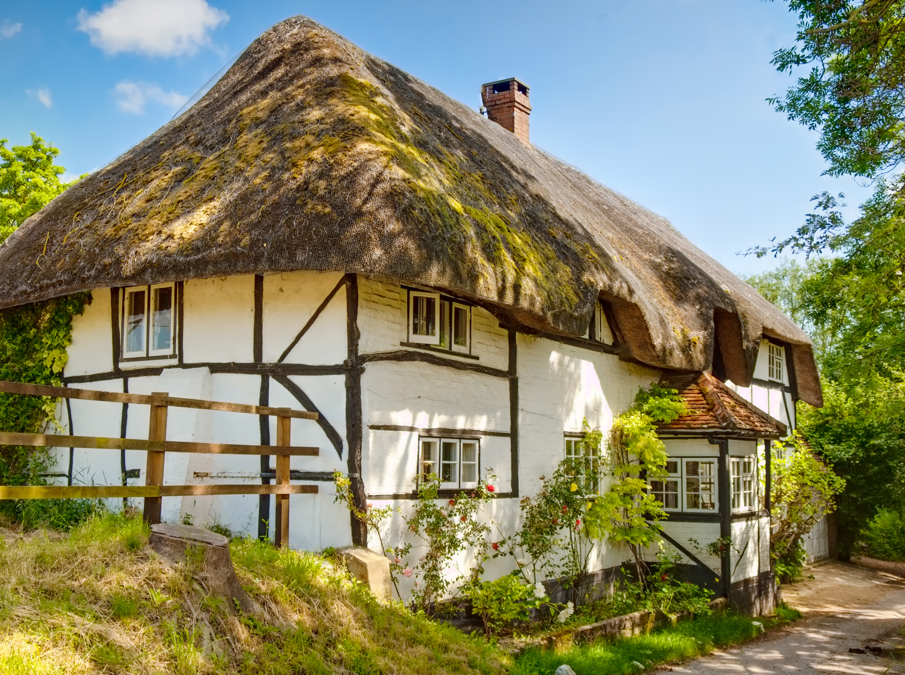 A thatched cottage in nether wallop hampshire flickr photo sharing - The thatched cottage ...