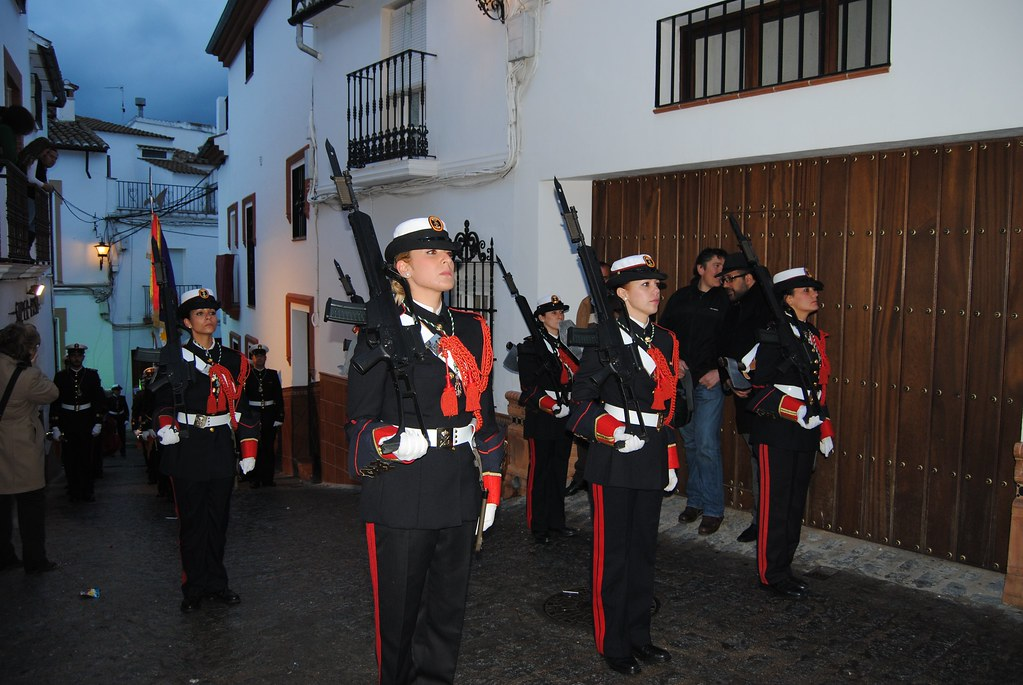 Setenil tiene fama merecida por el generoso acompañamiento de bandas en sus procesiones. FOTO: ÁNGEL MEDINA LAÍN
