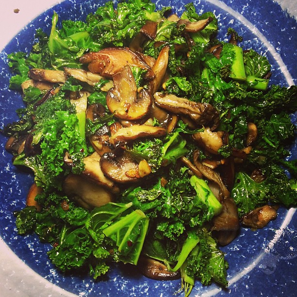 Side Dish: mixed mushrooms, kale, red pepper flakes  and garlic #vegan