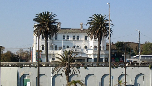 The Esplanade Hotel, St Kilda Beach, April 2003