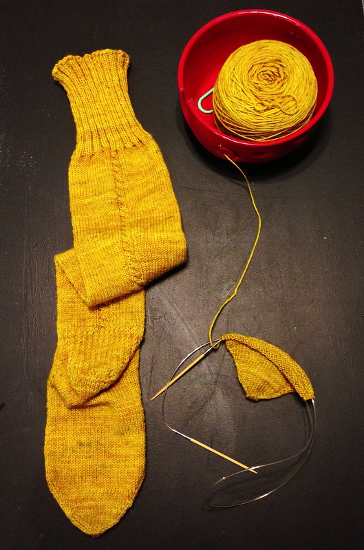 Little Cable Knee High - 1 Sock Complete!
