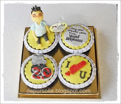 Cupcake Set untuk Yosef
