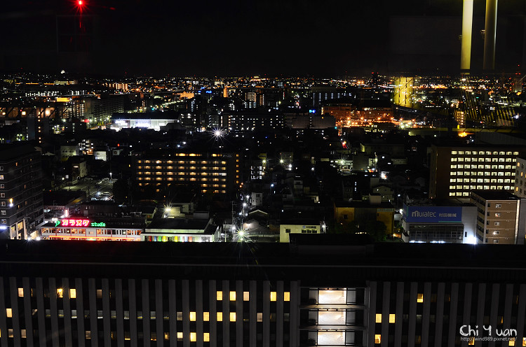 [日本。京都]日夜京都車站。無料觀景庭園,大空廣場