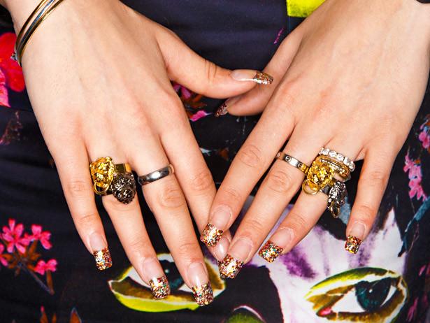 rings_nails