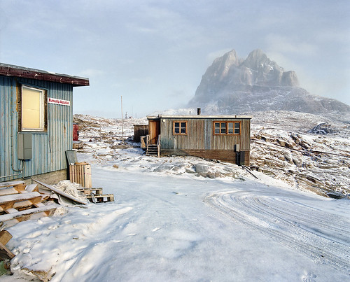 Uummannaq, just after new thin snow