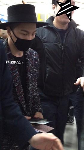 Big Bang - Incheon Airport - 21mar2015 - Tae Yang - MOKHA0611 - 04