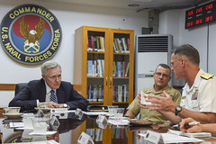 Secretary of the Navy Ray Mabus meets with U.S. Marine Maj. Gen. Robert Hedelund, the commander of Marine Forces Korea, and Rear Adm. Bill Byrne, the commander of U.S. Naval Forces Korea, Aug. 19. (U.S. Navy/MC1 Ty Connors)