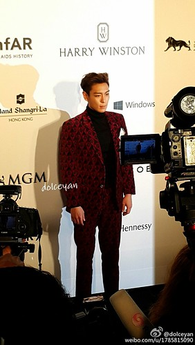 TOP - amfAR Charity Event - Red Carpet - 14mar2015 - dolceyan - 01