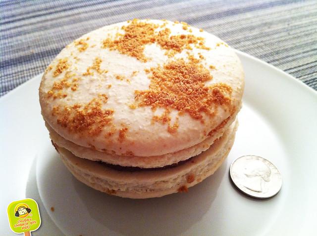 dessert truck giant french macaron