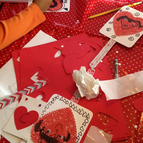 art-heart-puppets