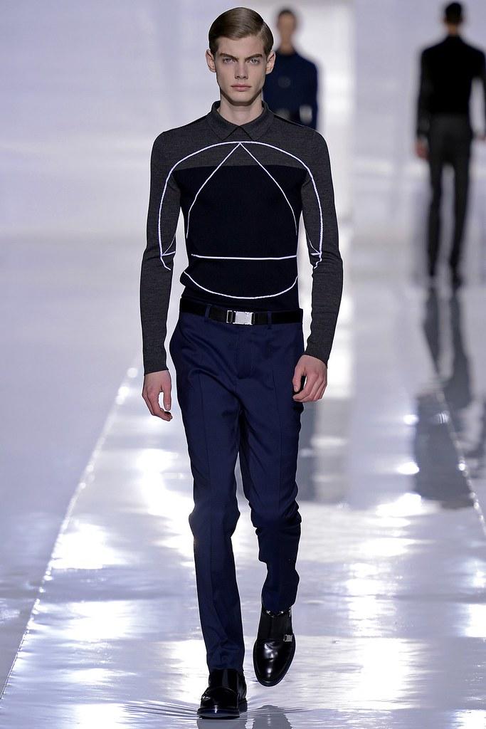 Justus Eisfeld3035_FW13 Paris Dior Homme(GQ.com)