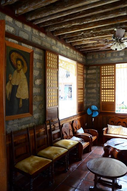 Halfwhiteboy las casas filipinas de acuzar uprooted and for Filipino interior design styles