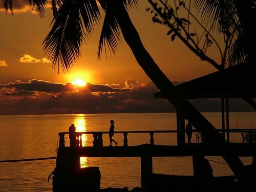 sunset seychelles praslin