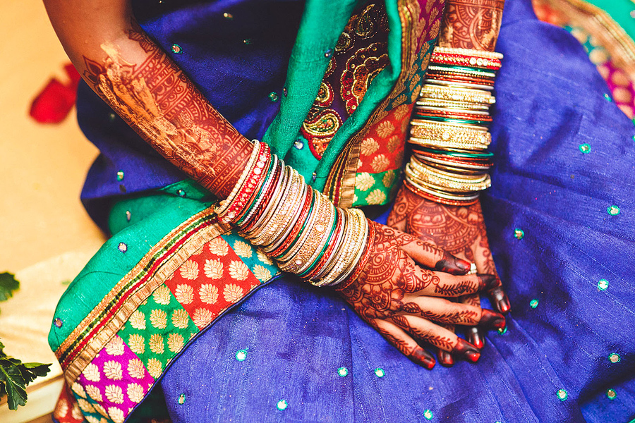 It Is Also Now That The Hands Of Bride Are Decorated By Henna Indian Wedding Sure Colorful Stay Tuned For Temple Ceremony On My Next Post