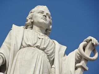Image of  Cristobal Colón. sculpture southamerica colombia monumento escultura estatua cartagena sudamerica contrapicado colón cristóbalcolón cartagenadeindias sothamerica