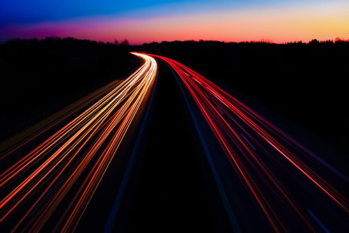 blue sunset red white black yellow canon germany lights evening highway sonnenuntergang dslr canoneos600d