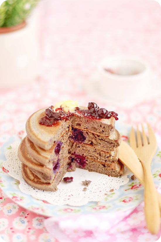 Buckwheat Pancakes そば粉のパンケーキ