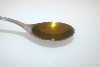 02 - Zutat Sonnenblumenöl / Ingredient sunflower oil