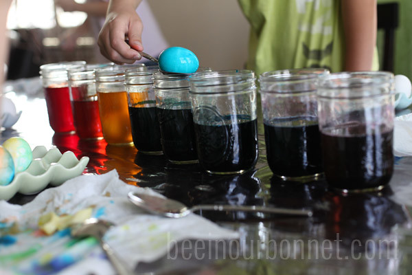 dying eggs 3