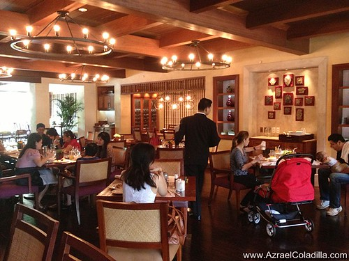 Escolta buffet resto in The Peninsula Manila - pics by Azrael Coladilla