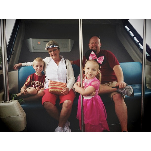 #monorail #disney #PicTapGo @heathpowell