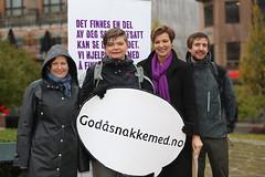 Verdensdagen for psykisk helse: Helga Pedersen og Anne Tingelstad Wøien (Sp) markerer dagen med Kirkens SOS