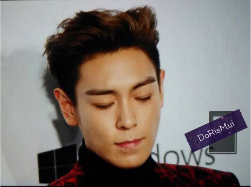 TOP - amfAR Charity Event - Red Carpet - 14mar2015 - muilam1128 - 01