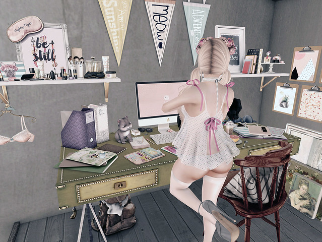 Cluttered Life